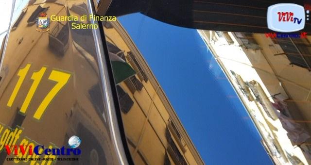 Controlli interforze a Chiaia, denunciato un parcheggiatore abusivo