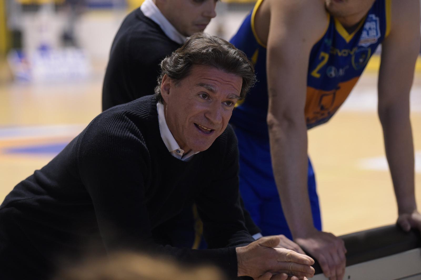 Il coach della Givova Scafati, Alessandro Finelli