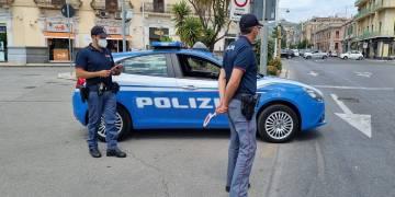 """La Polizia di Stato di Messina ha effettuato controlli nelle zone della """"movida"""""""