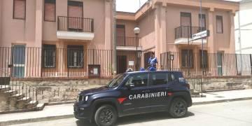 Arrestato dai CC della stazione di Roccamena. Il 22enne di notte per i furti prendeva di mira persone anziane