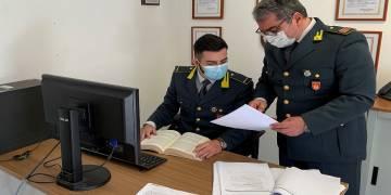 Scoperti dalla GdF di Partinico (PA) nei vicini paesi di Trappeto, Borgetto e San Cipirello