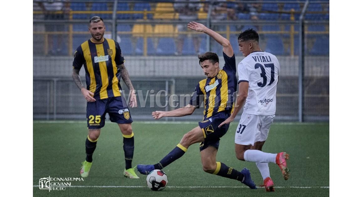Latina Juve Stabia Campobasso Calcio Serie C (88) EVACUO
