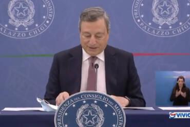 Manovra, conferenza stampa del Presidente Draghi con il Ministro delle Finanze Franco